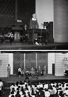栄光館における礼拝
