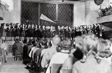 同志社EVE大音楽会 戦後最初のEVE。女専生のステージ(1945年11月)