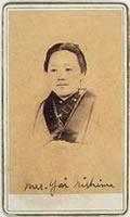 新島八重(1876年ころ)