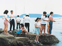 サマーキャンプ 瀬戸内海・余島でフィッシングを楽しむ(1985年)