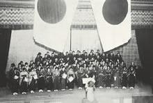同志社混声合唱団 Primrose 大学レベルでの混声合唱団の先駆とされる大阪朝日会館、指揮柳兼子(1928年)