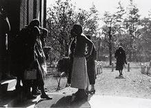 ジェームズ館西入口 (1935年)