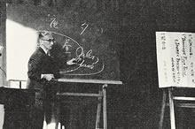 英文学会第1回大会学術講演 瀧山徳三名誉教授