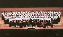 音楽学科定期演奏会 1996年から、当年秋に落成した京都コンサートホールで催されている 写真は1998年のプログラムのうち、97年度卒業生小島千絵子の作曲作品演奏